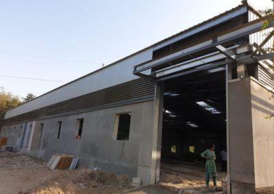 pre engineered building contractor